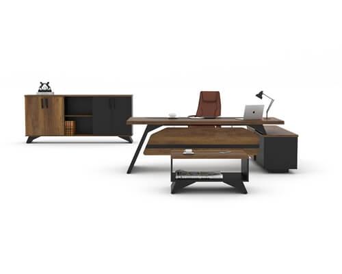 Pegas Executive Desk